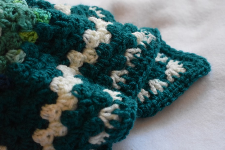 teal and whiteDSC_0459